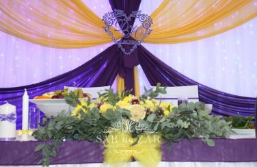 Украшение свадебного шатра в фиолетовых цветах