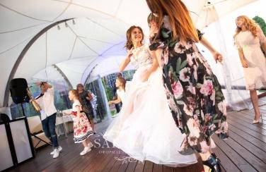 Шатёр на свадьбу у воды