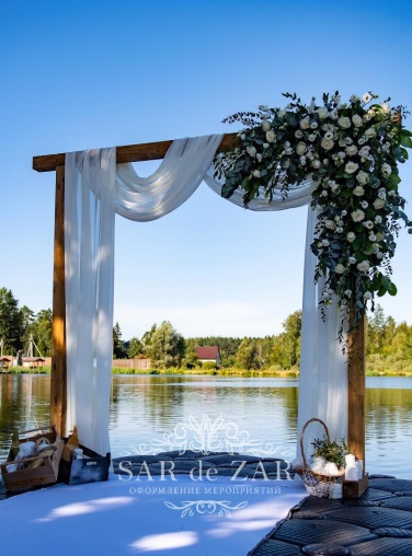 Авторская свадебная арка напрокат